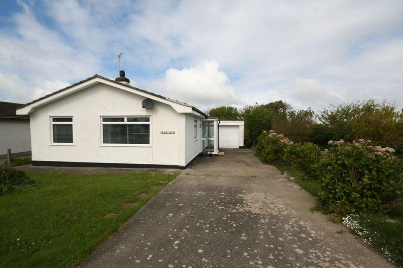 3 Bedrooms Bungalow for sale in Trearddur Road, Trearddur Bay, Anglesey