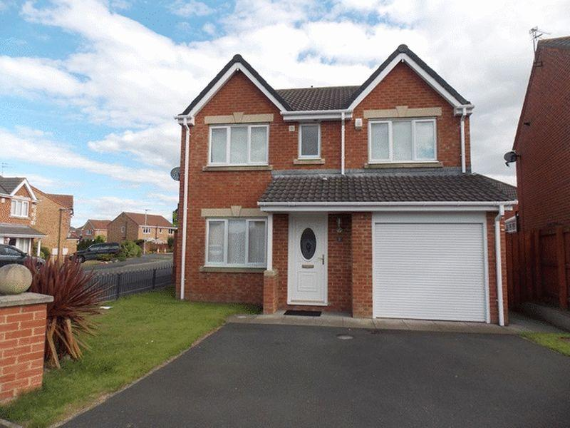 4 Bedrooms Detached House for sale in Foxglove Close, South Beach, Blyth