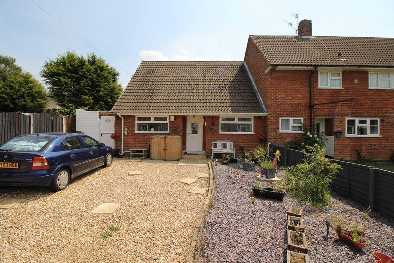 2 Bedrooms Terraced House for sale in Helsby Avenue, Eastham