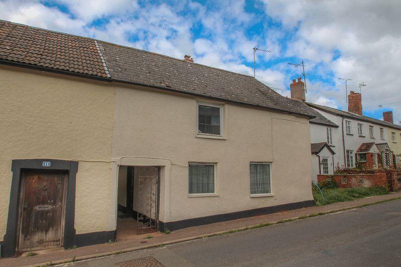 2 Bedrooms Terraced House for sale in 8 Threshers, Crediton