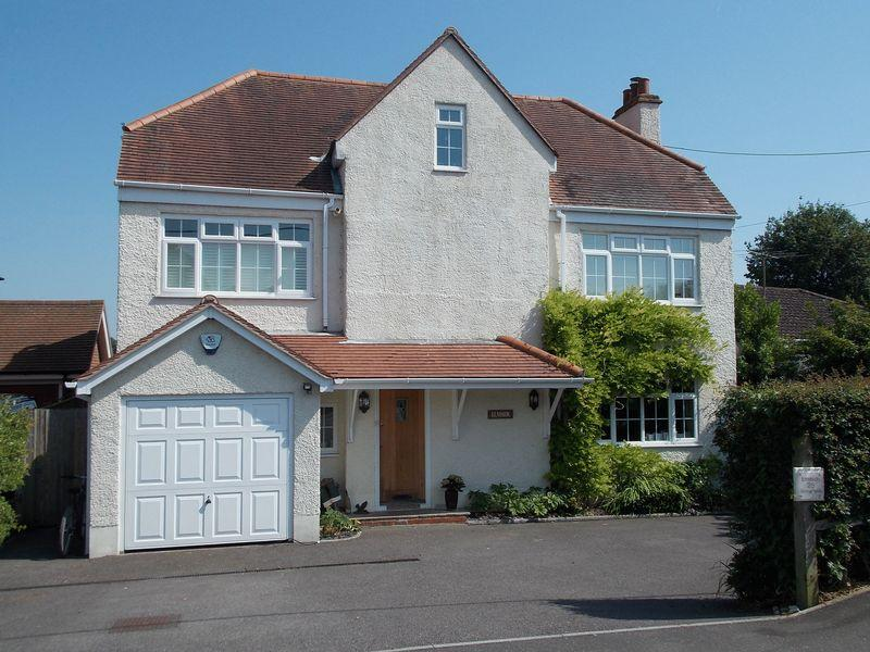5 Bedrooms Detached House for sale in Steyning