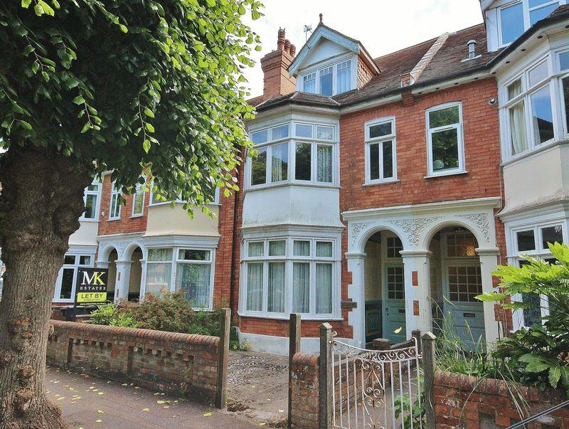 7 Bedrooms Terraced House for sale in Fishermans Avenue, Southbourne, Bournemouth