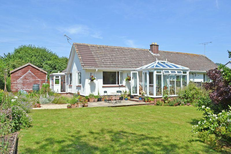 2 Bedrooms Semi Detached Bungalow for sale in Brook Close, Sidmouth