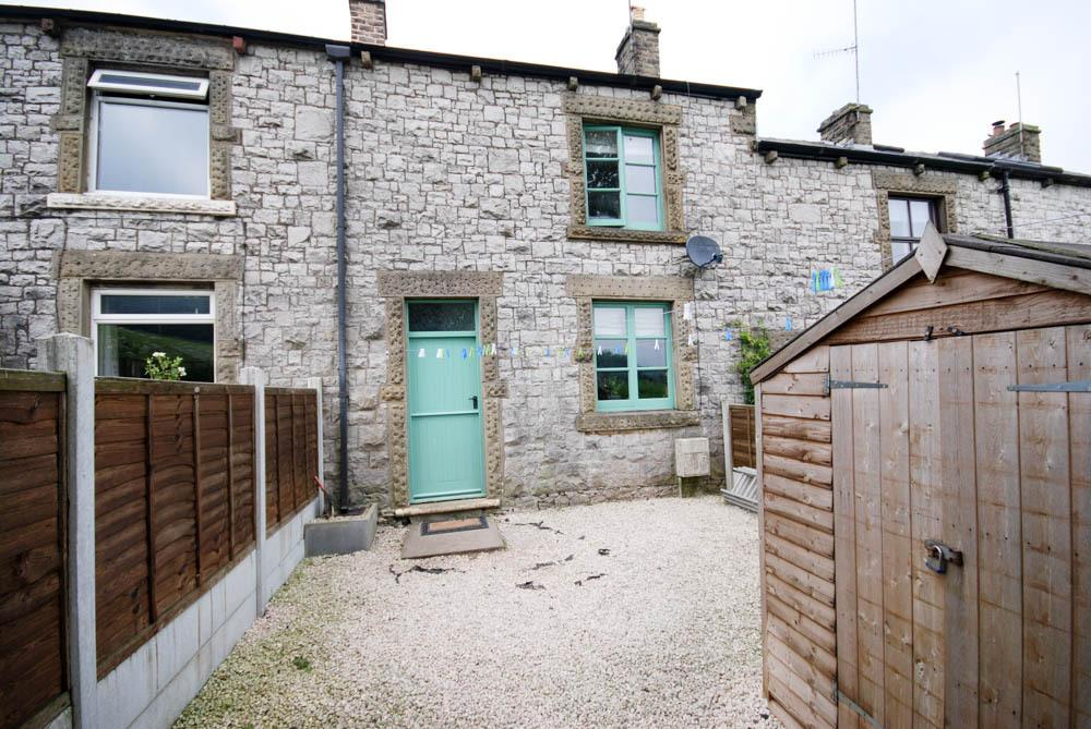 3 Bedrooms Cottage House for sale in Springbank, Peak Dale
