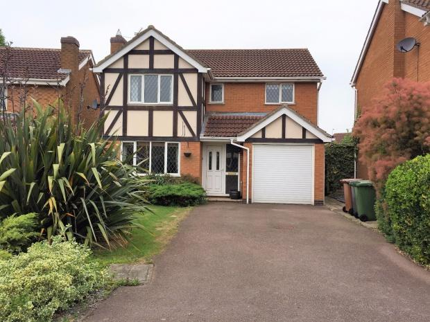 4 Bedrooms Detached House for sale in Hawthorn Drive, Melton Mowbray, LE13