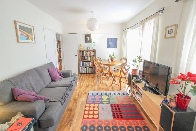 2 Bedrooms Flat for sale in Douro Place, Norwich