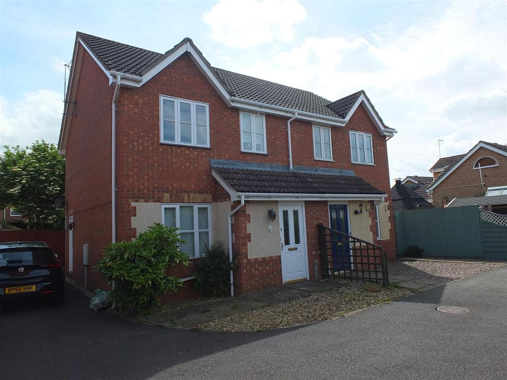 3 Bedrooms Semi Detached House for sale in St. James Way, Moulton Chapel, Spalding