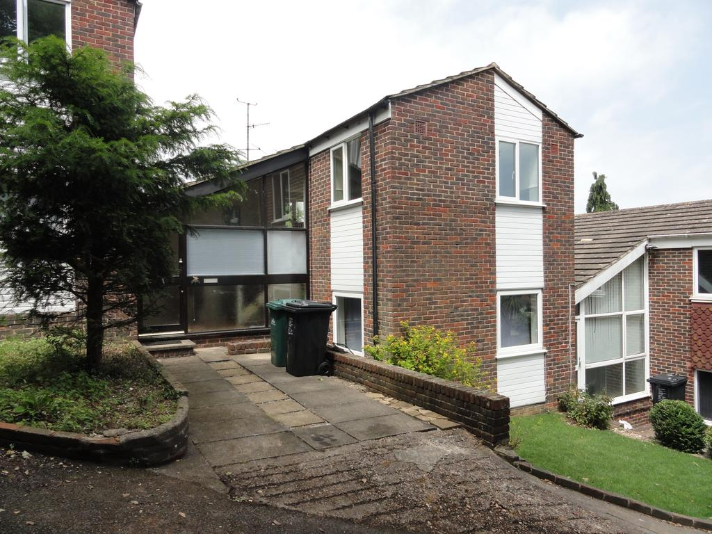 3 Bedrooms Link Detached House for sale in Delfryn, Portslade BN41