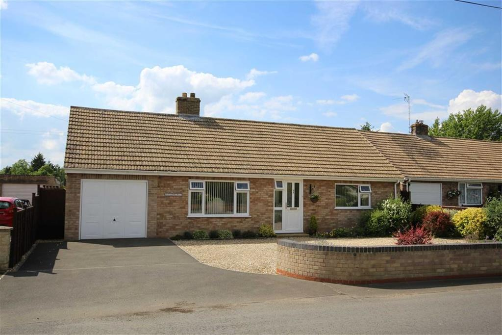 3 Bedrooms Detached Bungalow for sale in Chapel Lane, Kinsham, Tewkesbury, Gloucestershire