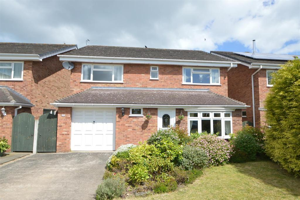 4 Bedrooms Detached House for sale in 43 Kingston Drive, Shrewsbury, SY2 6SJ