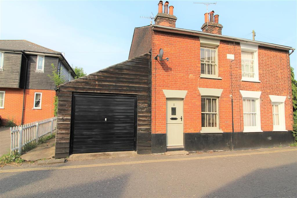 2 Bedrooms Semi Detached House for sale in West Street, Wivenhoe, Colchester