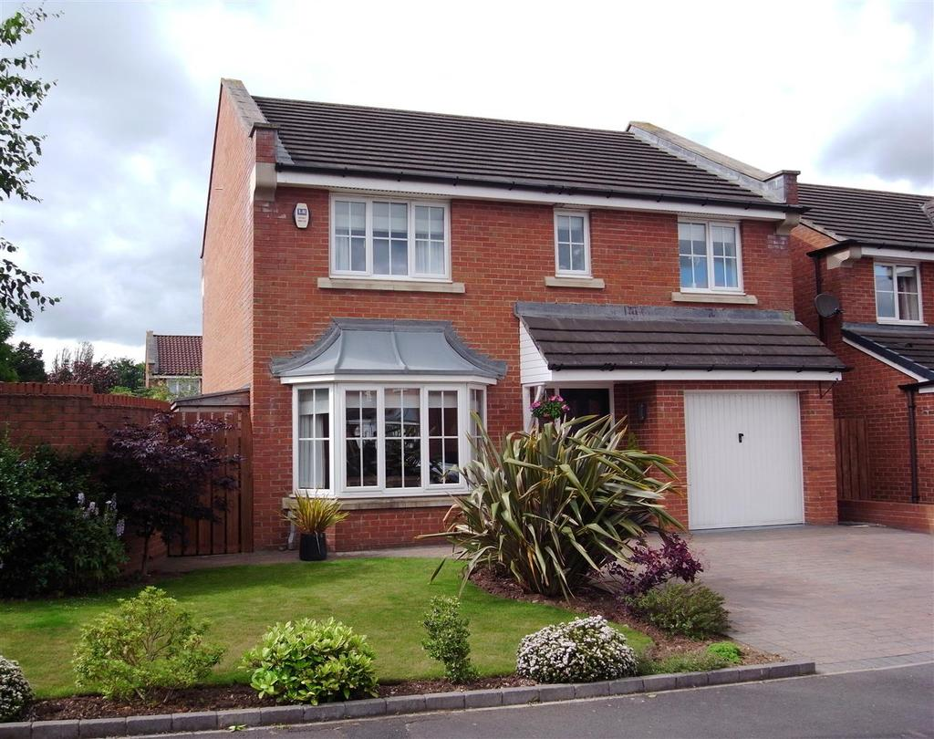 4 Bedrooms Detached House for sale in Hawthorne Drive, School Aycliffe, Newton Aycliffe