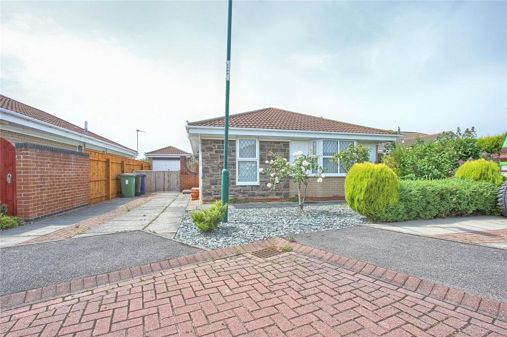 3 Bedrooms Detached Bungalow for sale in Vickers Close, Marske-by-the-Sea