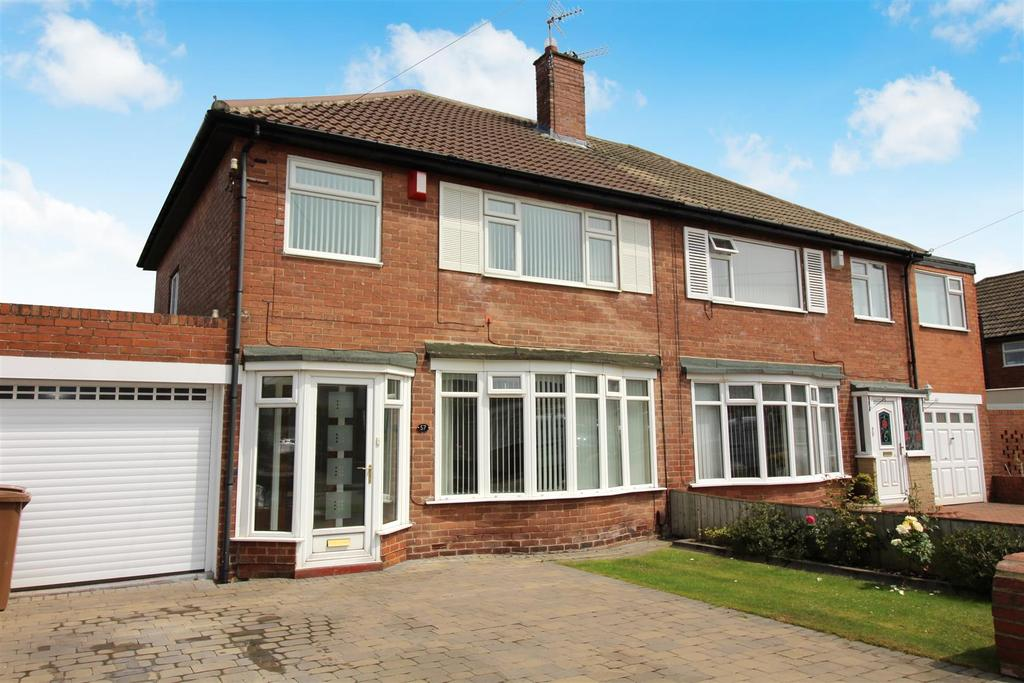 3 Bedrooms House for sale in Beach Croft Avenue, North Shields