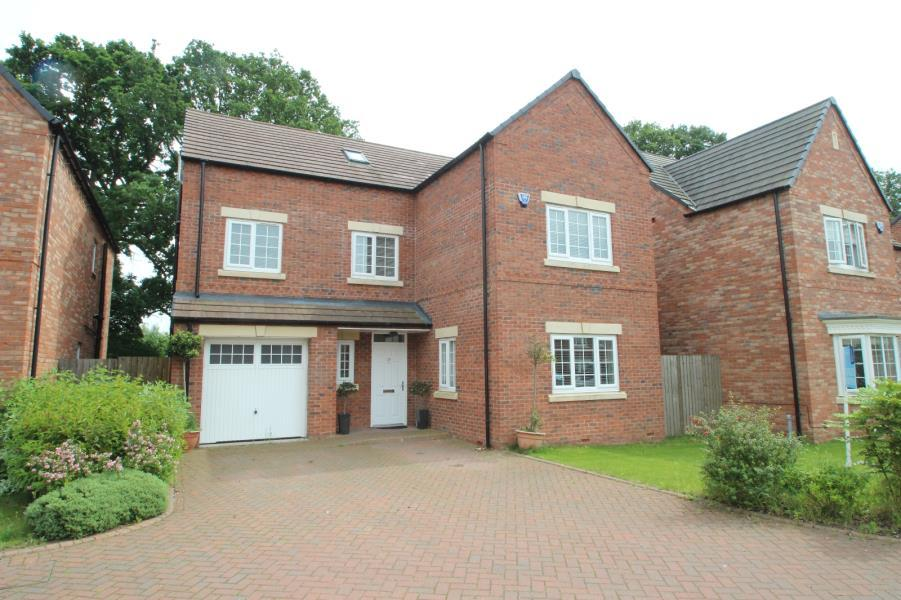 5 Bedrooms Detached House for sale in BURSARY COURT, DRINGHOUSES, YORK, YO24 1UL