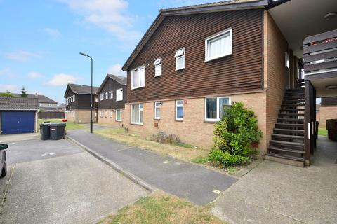 1 bedroom flat to rent - Holmedale, Slough, SL2