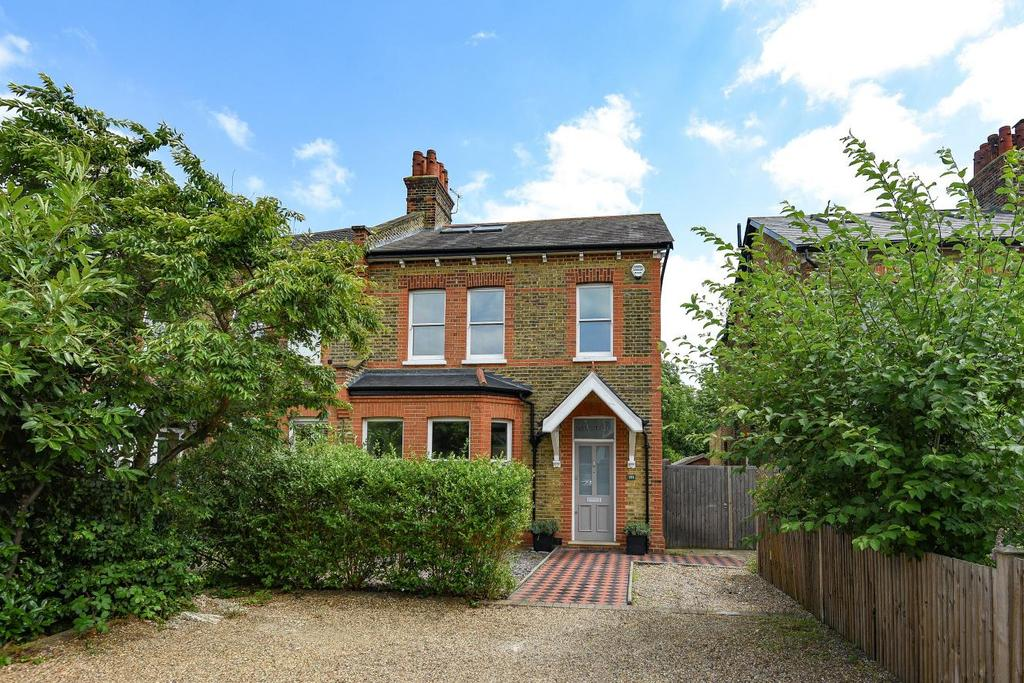 5 Bedrooms Semi Detached House for sale in Kent House Road, Beckenham