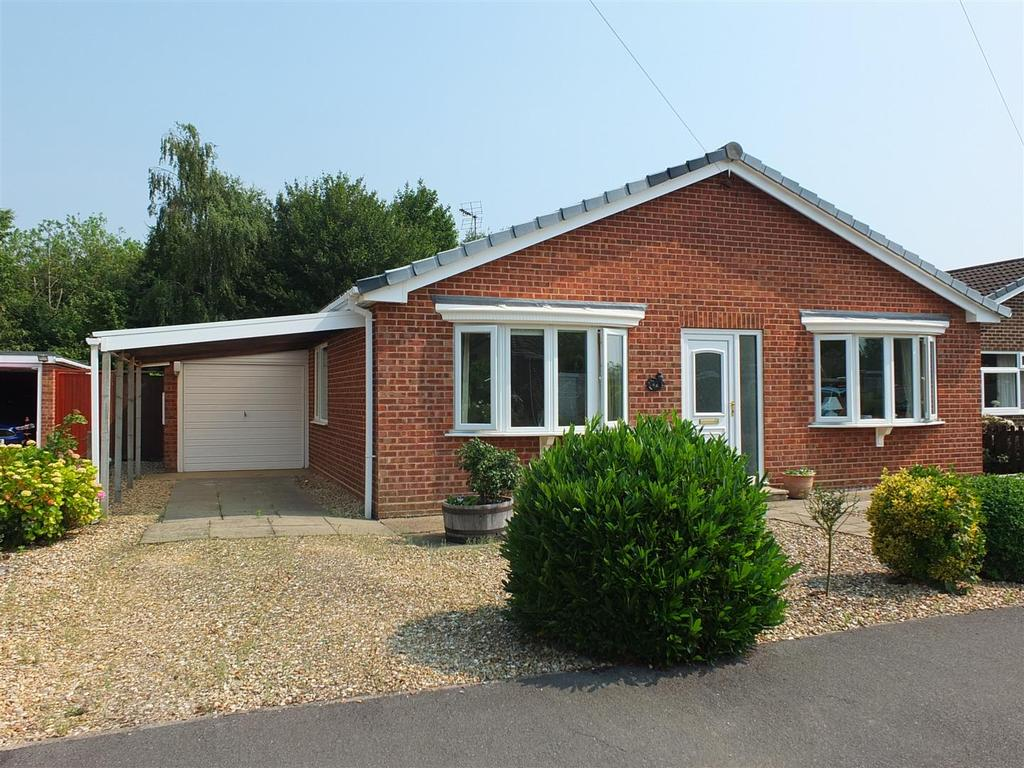 3 Bedrooms Detached Bungalow for sale in Dick Turpin Way, Long Sutton