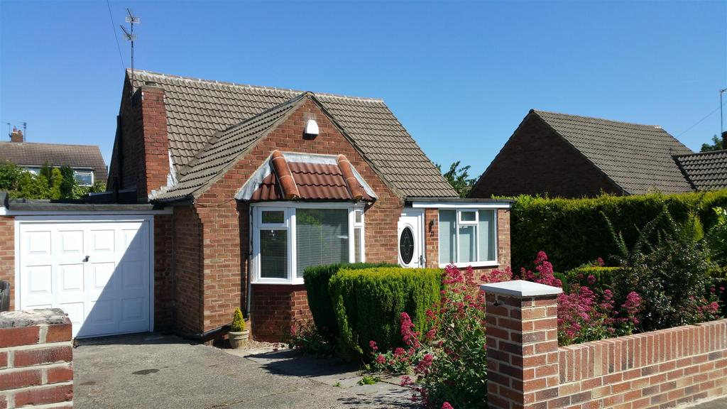 2 Bedrooms Detached Bungalow for sale in Ross Way, Newcastle Upon Tyne