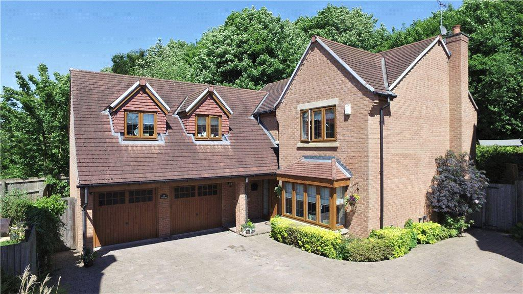 5 Bedrooms Detached House for sale in Coxley Dell, Horbury, Wakefield, West Yorkshire