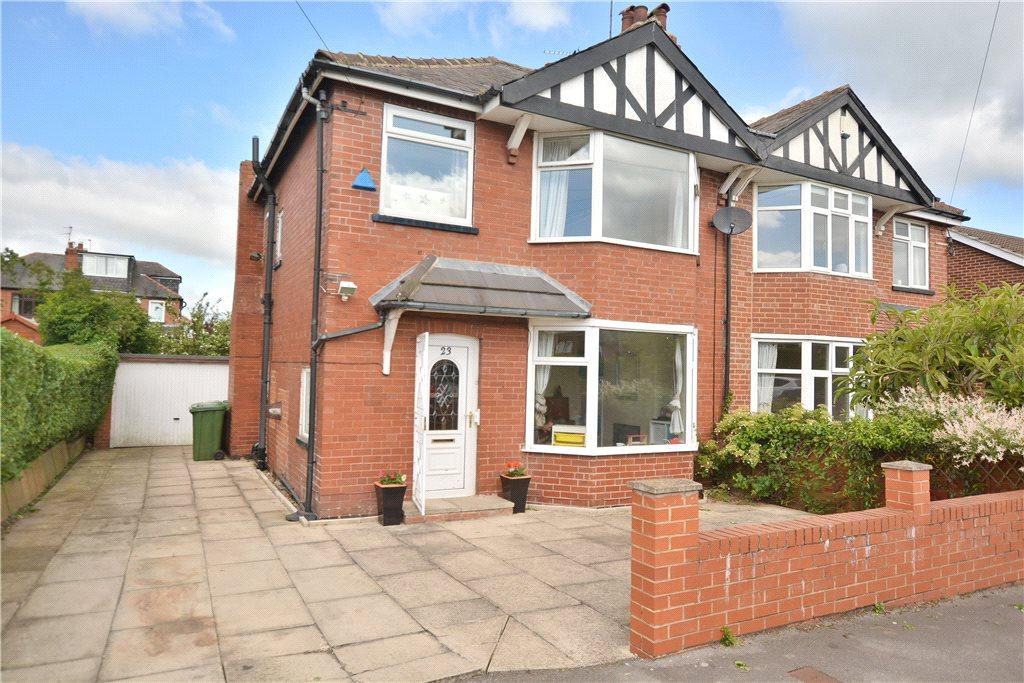 3 Bedrooms Semi Detached House for sale in Roman Terrace, Roundhay, Leeds