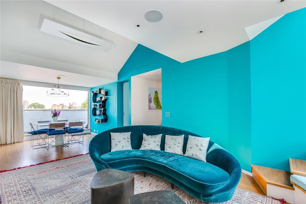 2 Bedrooms Flat for sale in Dawson Place, Notting Hill, London
