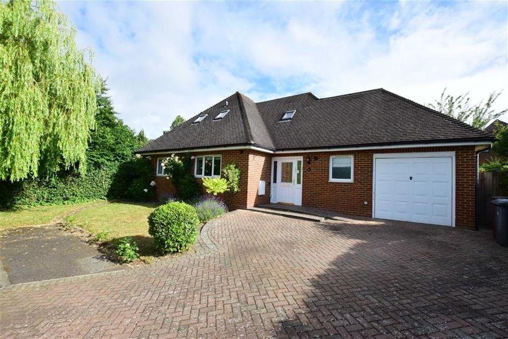 4 Bedrooms Detached House for sale in Knowle Close, Caversham Heights, Reading
