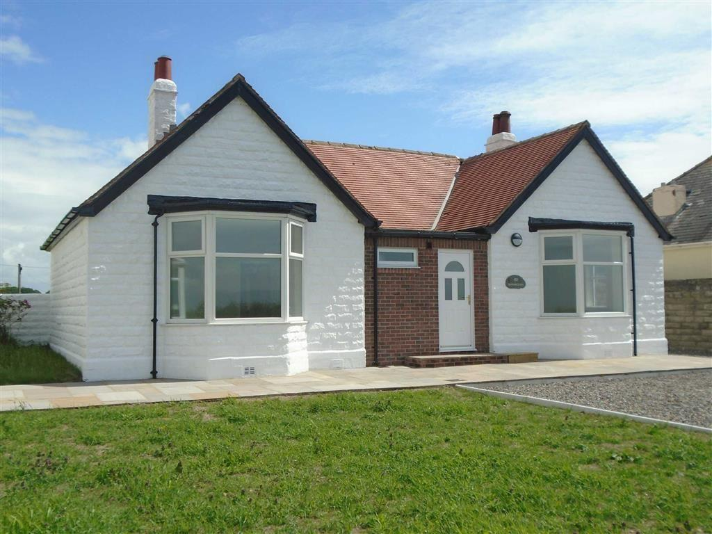 2 Bedrooms Detached Bungalow for sale in Skinburness Road, Silloth, Cumbria