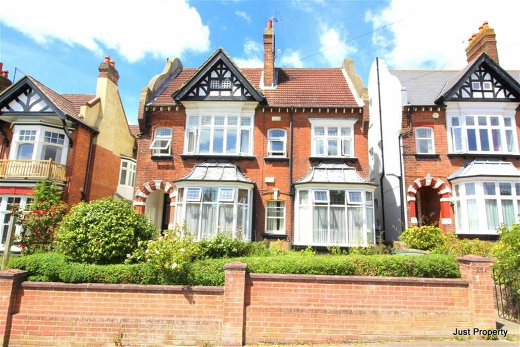 6 Bedrooms Detached House for sale in Linton Road, Hastings