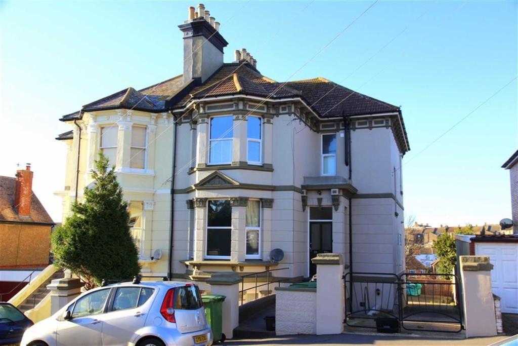 3 Bedrooms Maisonette Flat for sale in Ashburnham Road, Hastings