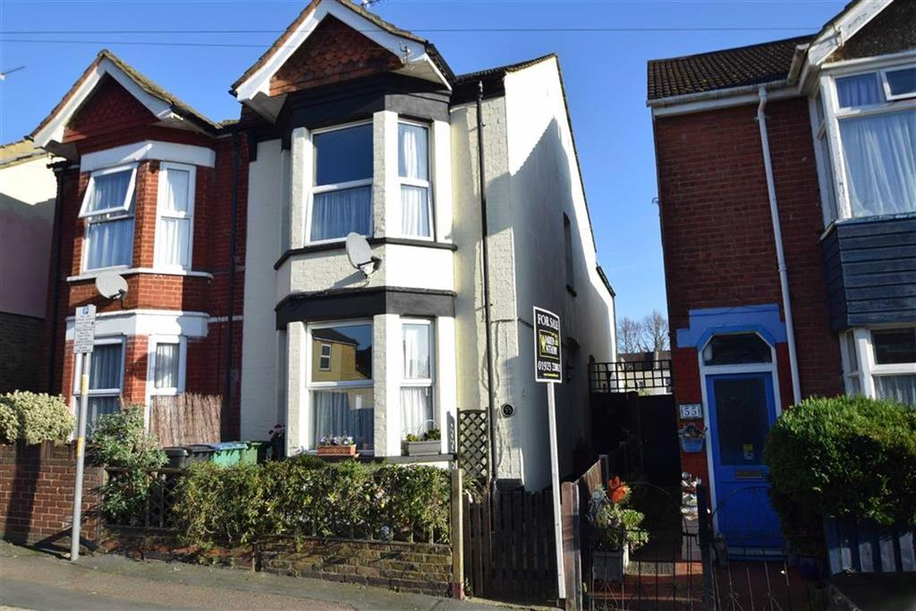 3 Bedrooms Semi Detached House for sale in St James Road, Watford, Herts
