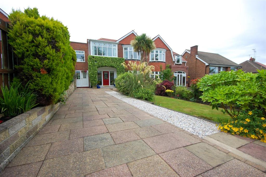 4 Bedrooms Semi Detached House for sale in Barnes View, High Barnes, Sunderland