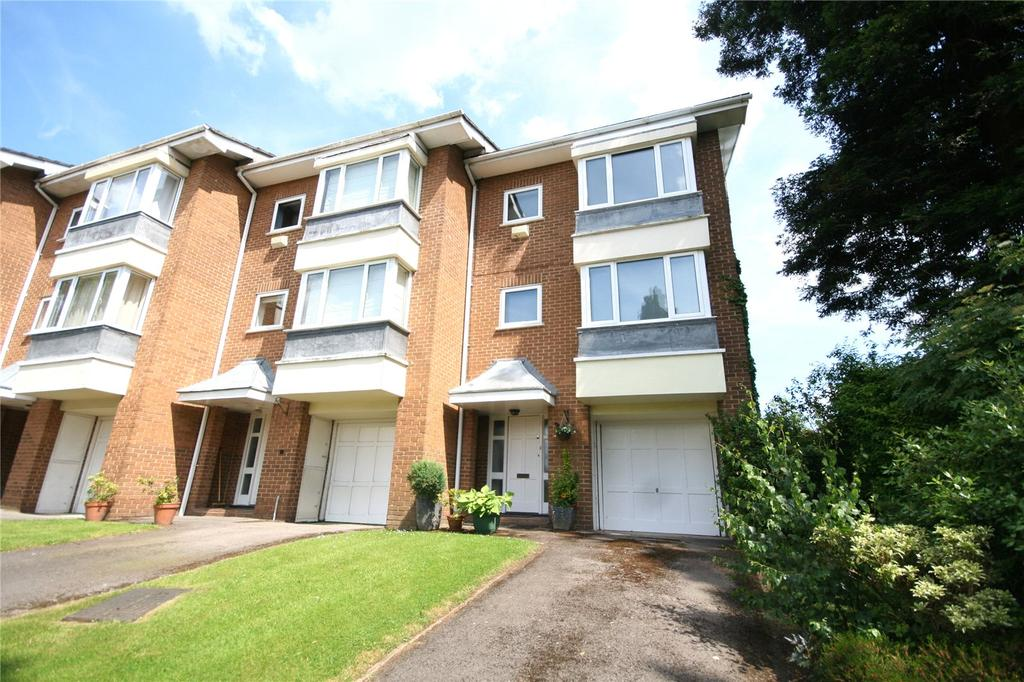 3 Bedrooms Town House for sale in Cleevelands Drive, Cheltenham, GL50