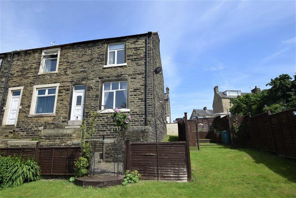 2 Bedrooms Terraced House for sale in Mostyn Avenue, Earby, Lancashire