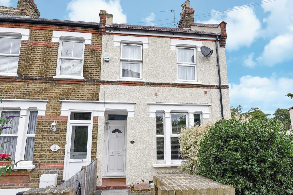 3 Bedrooms Semi Detached House for sale in Chaffinch Road, Beckenham, BR3