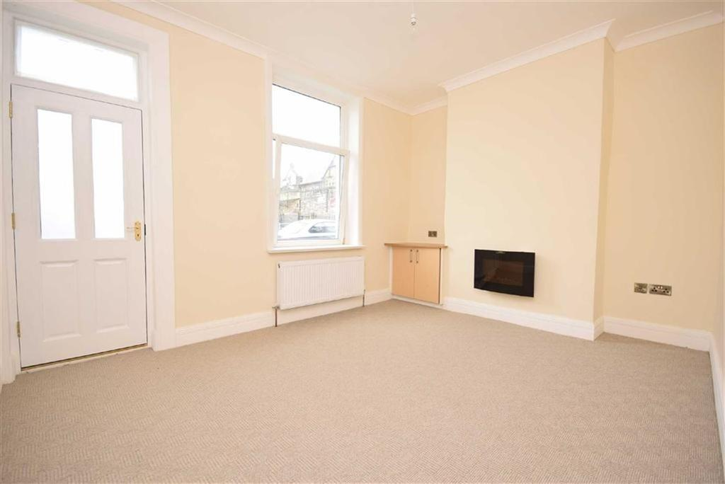 2 Bedrooms Terraced House for sale in Lord Street, Colne, Lancashire