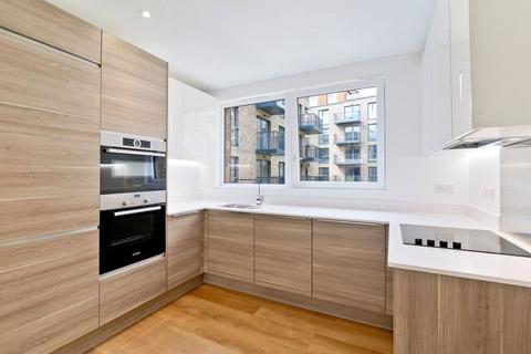 2 bedroom flat to rent - Endeavour House, Ashton Reach, London, SE16
