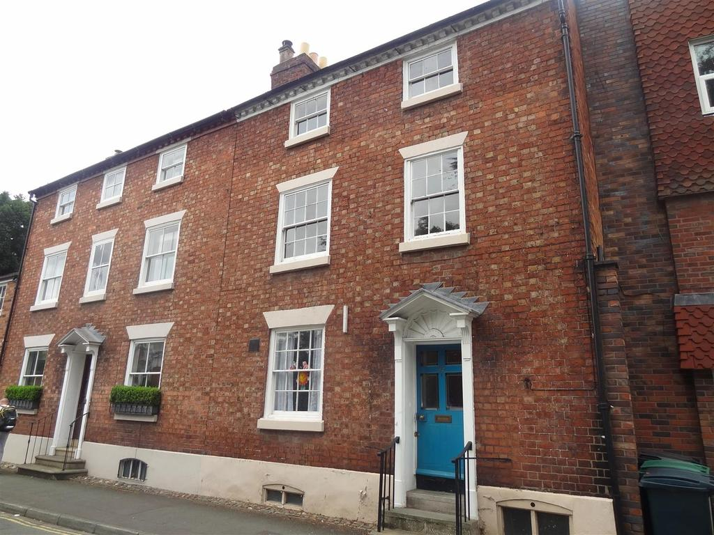 3 Bedrooms Duplex Flat for sale in Abbey Foregate, Shrewsbury