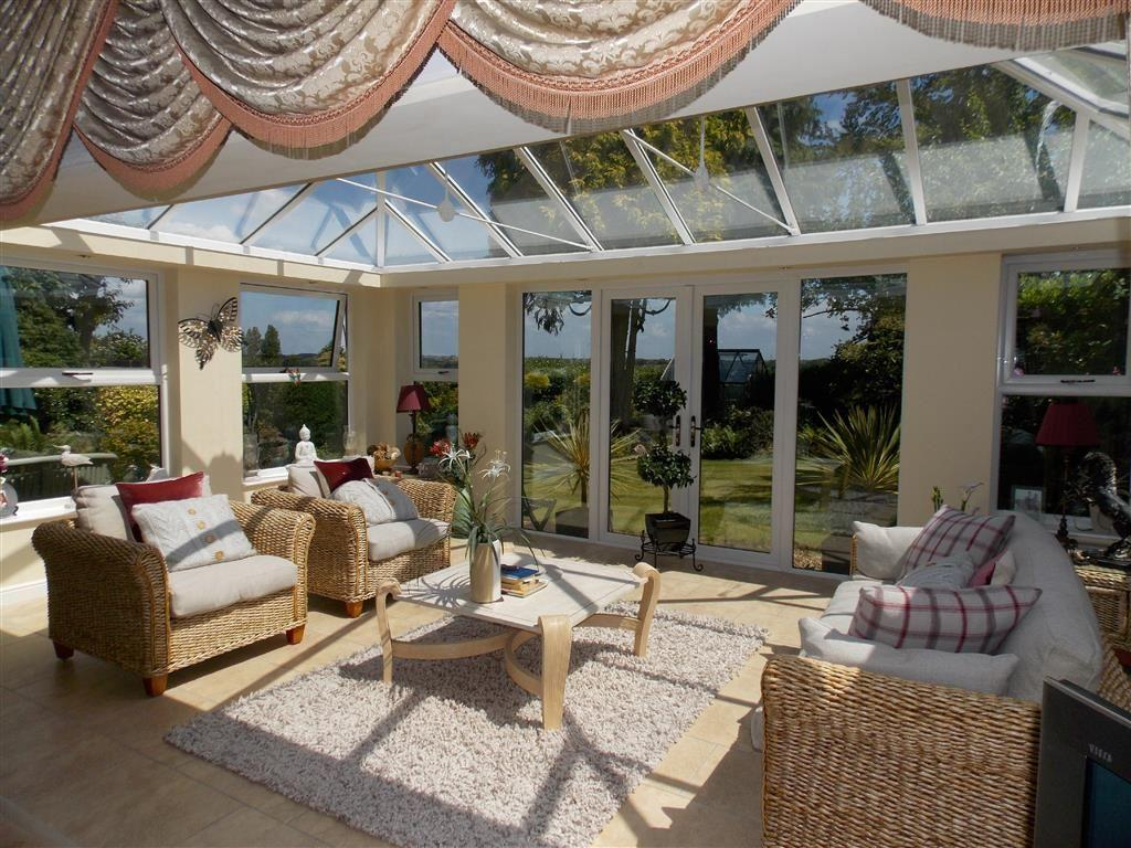4 Bedrooms Detached Bungalow for sale in Chevet Lane, Sandal, WAKEFIELD, WF2
