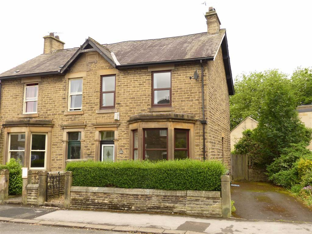 4 Bedrooms Semi Detached House for sale in Talbot Street, Glossop