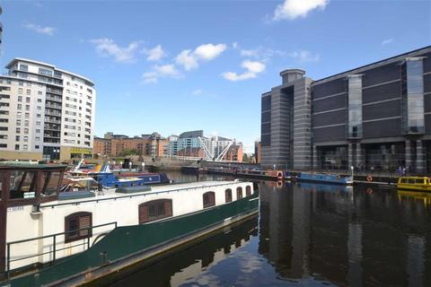 2 bedroom apartment to rent - Magellan House, Clarence Dock, Leeds, LS10