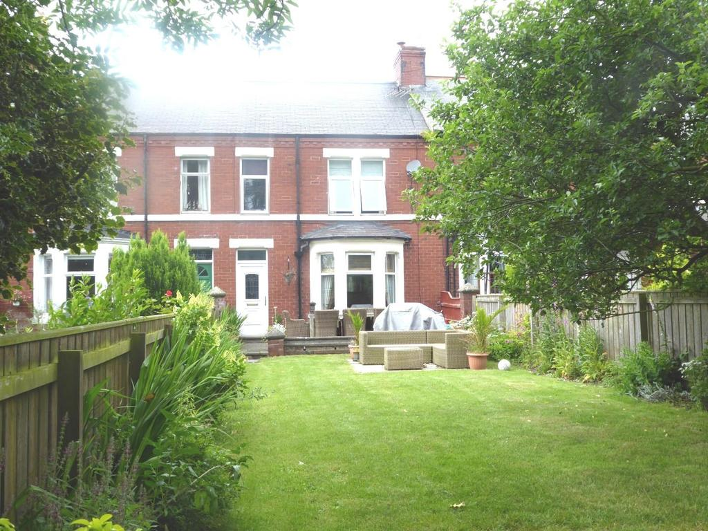 4 Bedrooms Terraced House for sale in Park Road East, Ashington