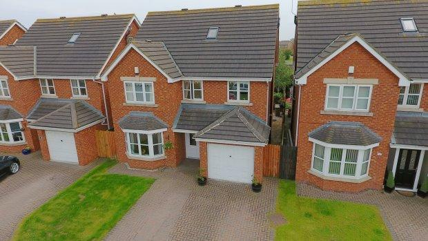 5 Bedrooms Detached House for sale in FORESTER CLOSE, SEATON CAREW, HARTLEPOOL