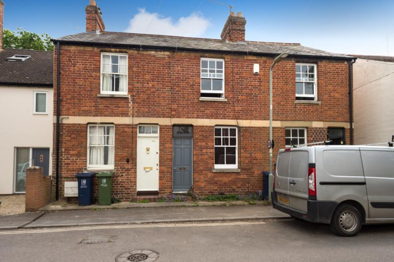 2 Bedrooms Terraced House for sale in Vicarage Road, Oxford