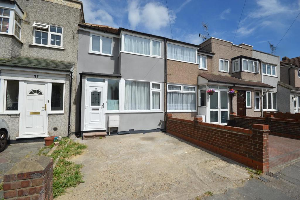 3 Bedrooms Terraced House for sale in Elm Park Avenue, Elm Park, Hornchurch, Essex, RM12