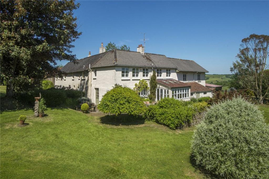 5 Bedrooms Detached House for sale in High Bickington, Umberleigh, Devon, EX37