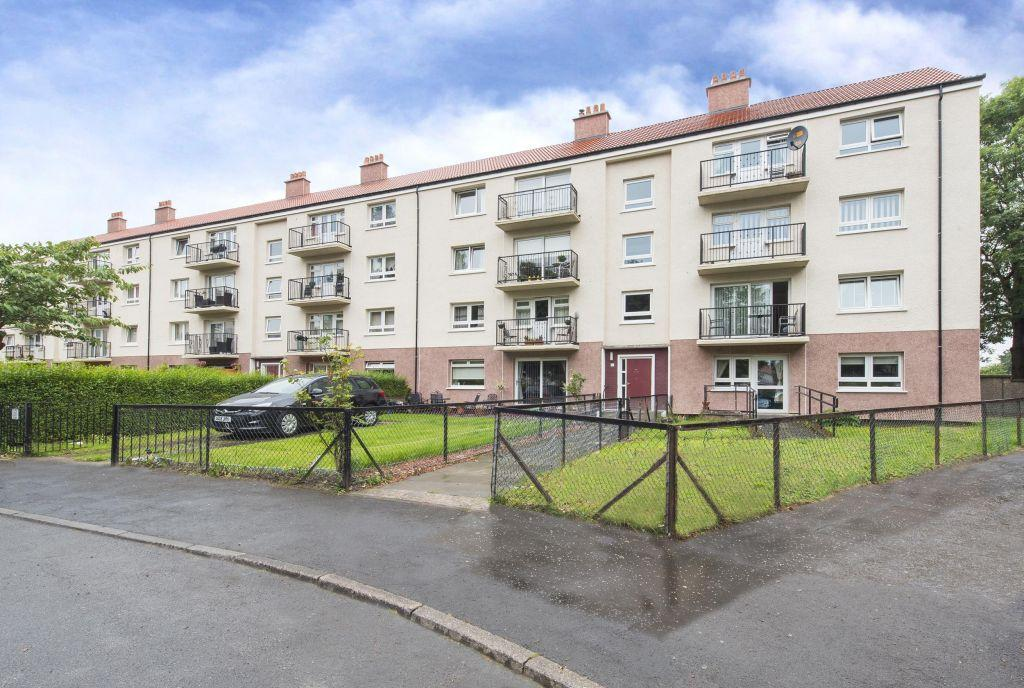 3 Bedrooms Flat for sale in 3/1, 51 Kerrycroy Avenue, Toryglen, Glasgow, G42 0AB