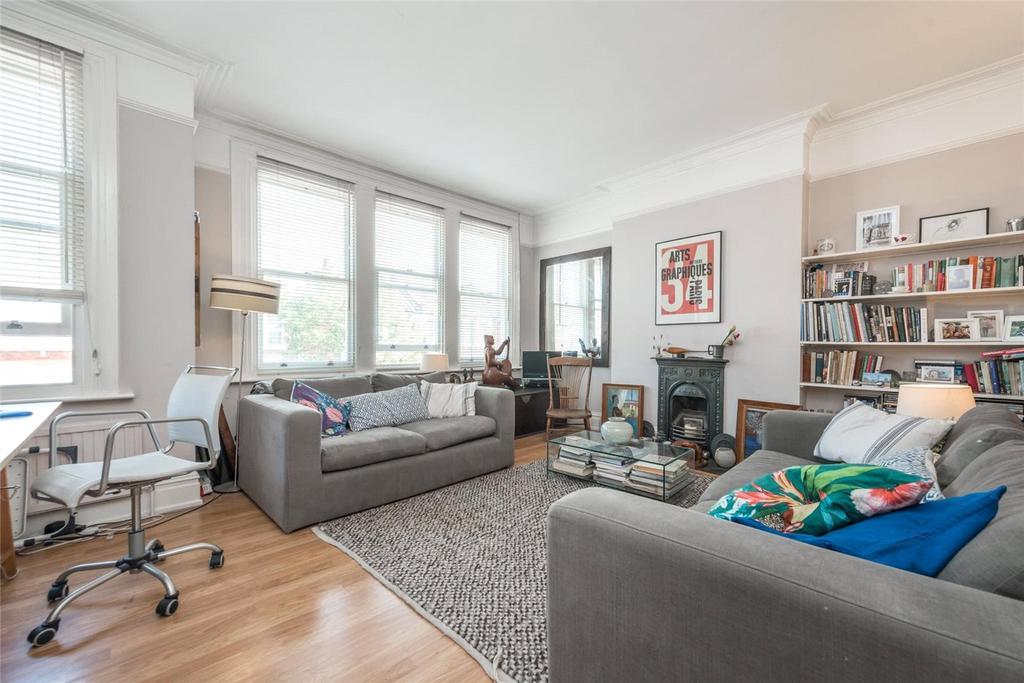 2 Bedrooms Flat for sale in Olive Road, London, NW2