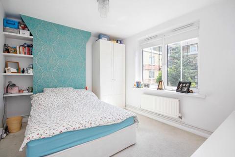 2 bedroom flat to rent - Southwark Park Estate, Lonson, SE16