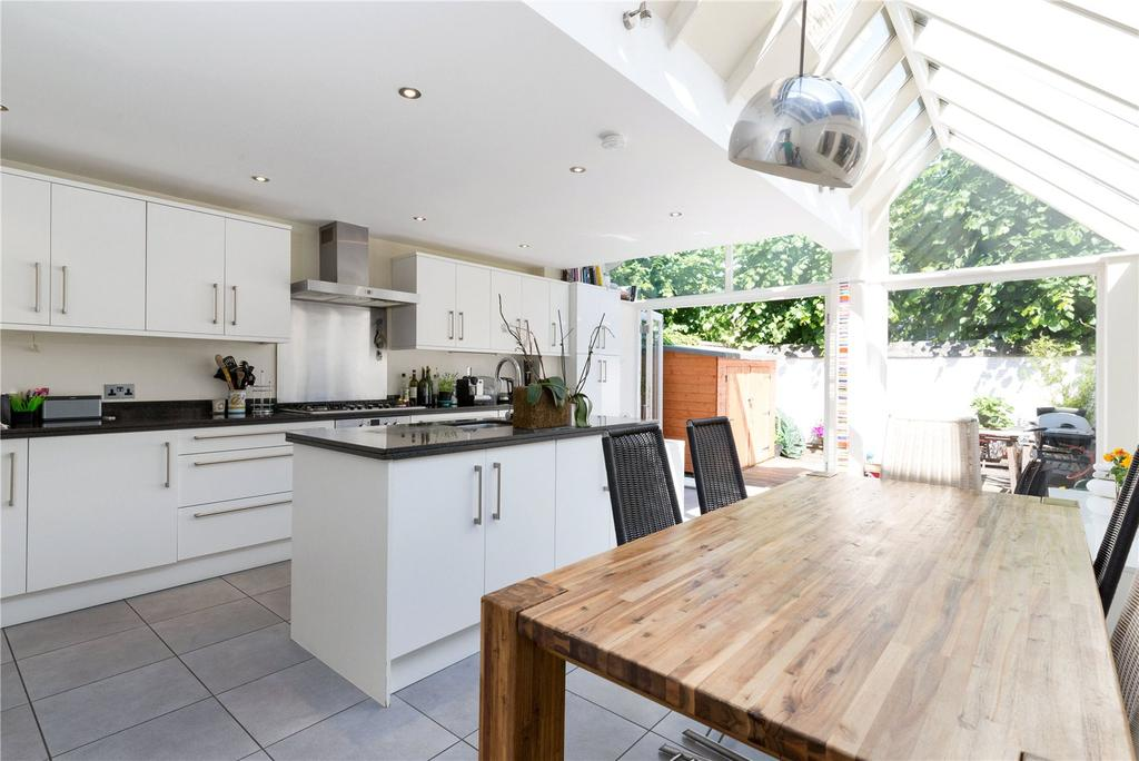 3 Bedrooms Terraced House for sale in Sherbrooke Road, Fulham Broadway, London, SW6